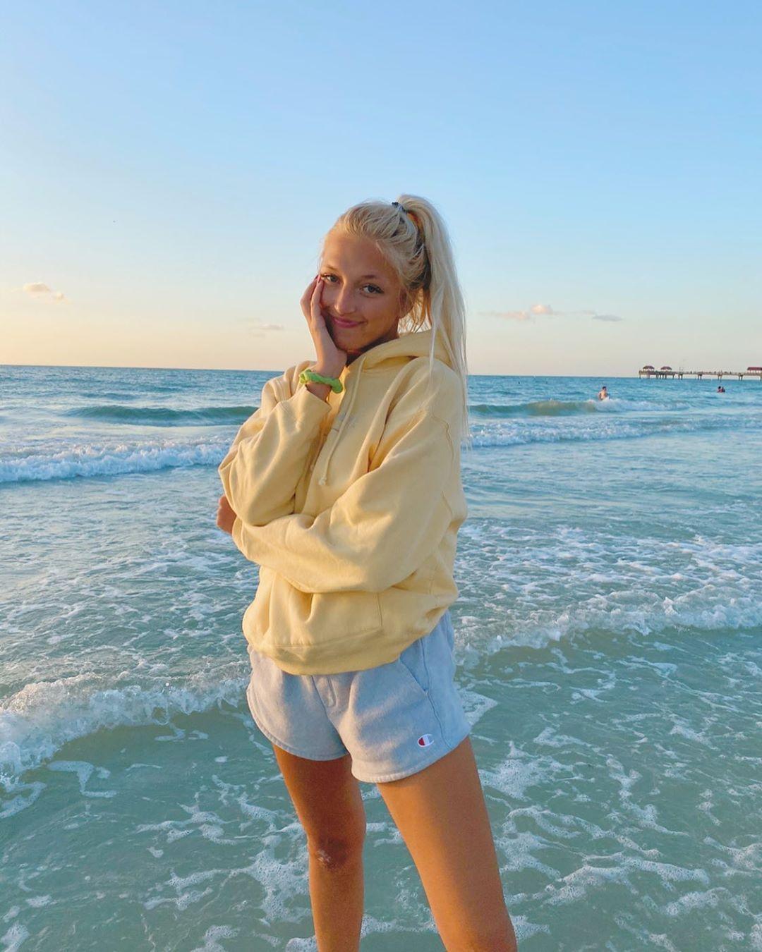 "Greta Knower on Instagram: ""sunset sweater weather"