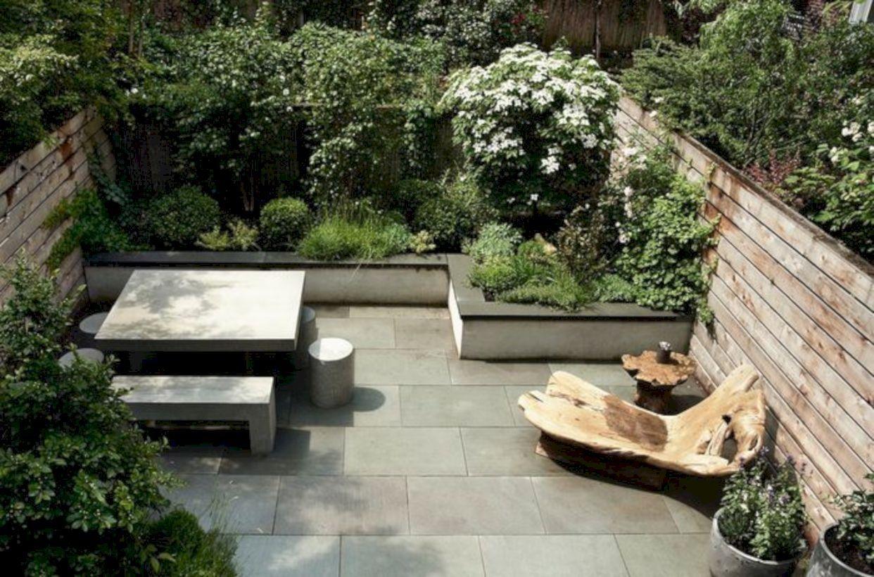 39 Amazing Townhouse Courtyard Garden Designs Homeridian Com Townhouse backyard deck ideas