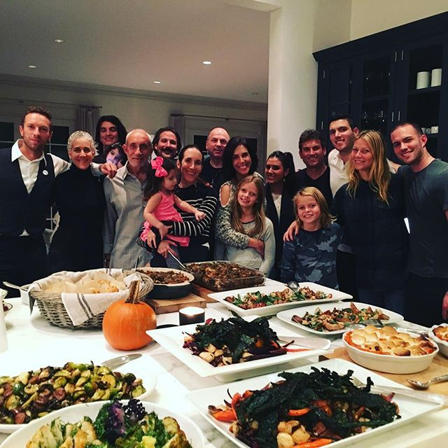 PHOTO: Gwyneth Paltrow and Chris Martin Spend Thanksgiving Together!