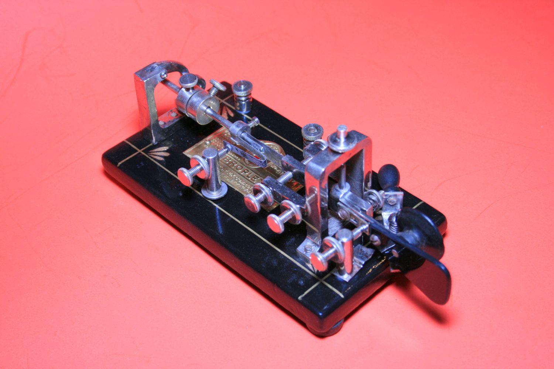 1926 Vibroplex Original telegraph key SN 96604, Black Base