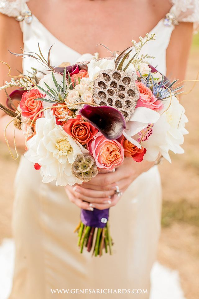 """I'm in loooove with this Bouquet by """"Sublime Stems""""!! So stunning! :D     Image by: Genesa Richards"""