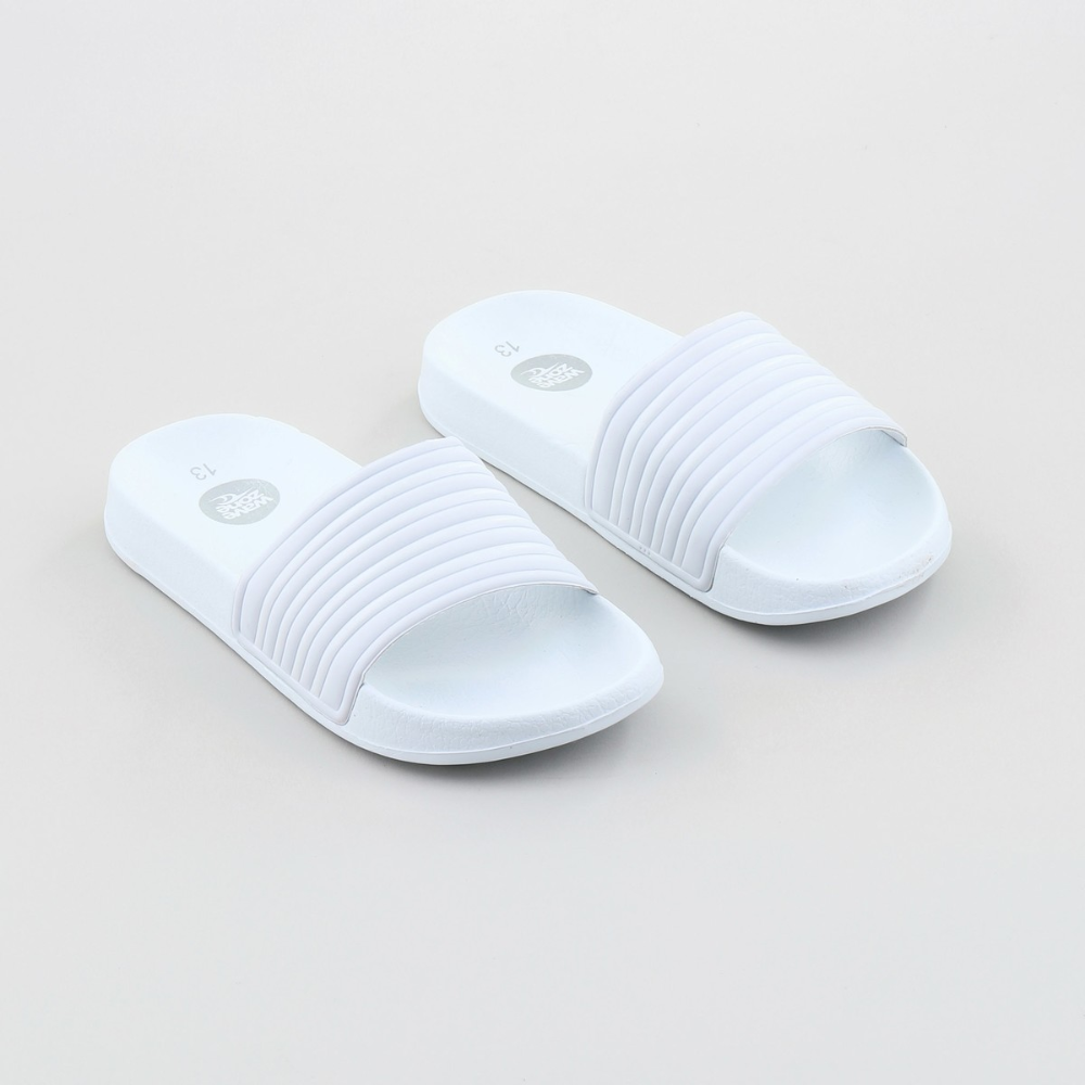 Wave Zone Girls Slide Shoes - White