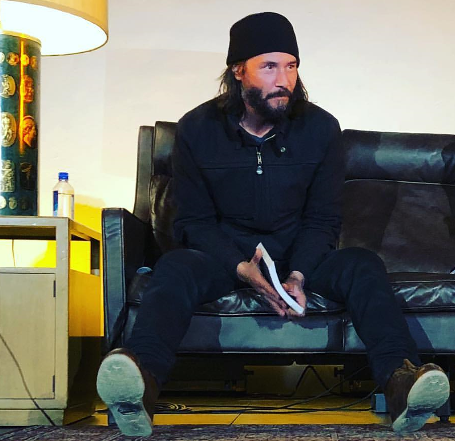 Aubreyjane601 Just Sittin Here Thinking Bout That Time I Got To Sit Across From Keanu For An Hour Keanu Reeves Keanu Reaves Keanu Reeves Movies