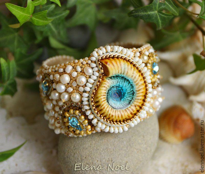 Купить Beautiful Blue Sea - Браслет с керамическим голубым аммонитом - браслет, вышитый браслет