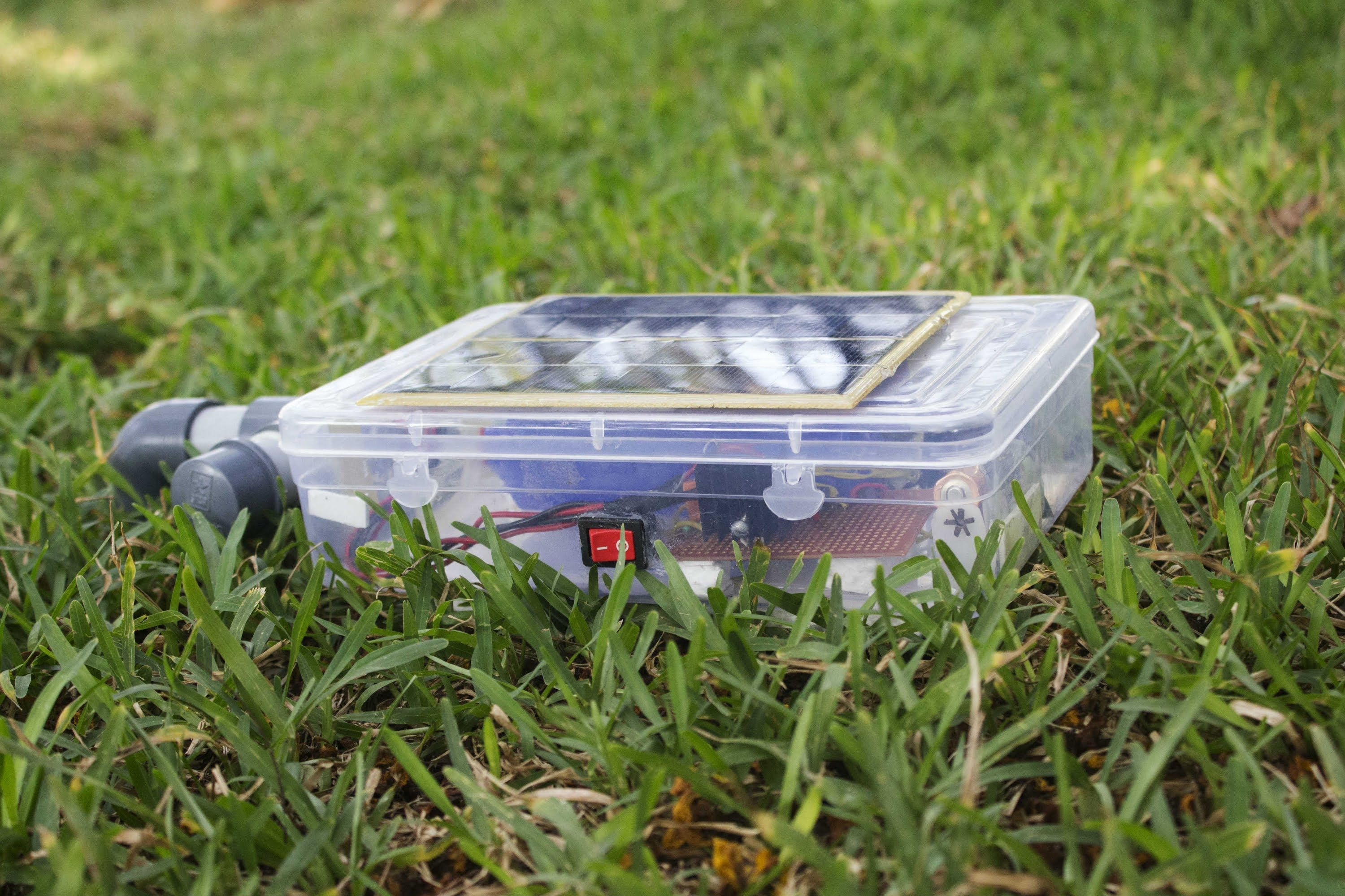 Solar Powered Floating Surface Aerator That Can Be