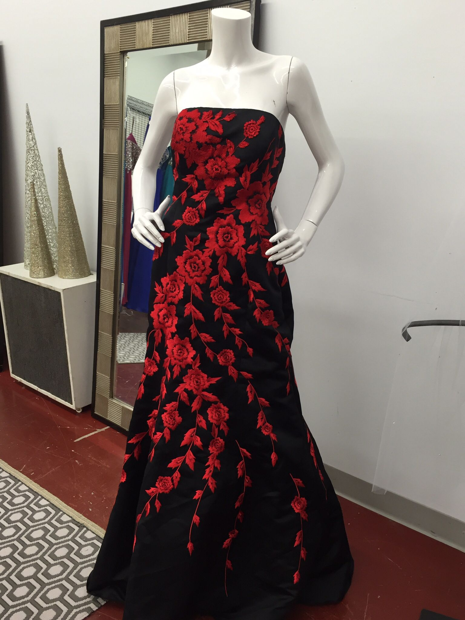 #black and #red #embroidered #corset back #prom #formal #dress #size12 #consigned @consignmentbridalprom