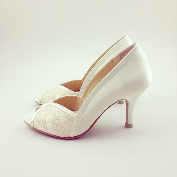 Hey I Found This Really Awesome Etsy Listing At Https Www Ca 190013635 Ivory Lace Wedding Shoes