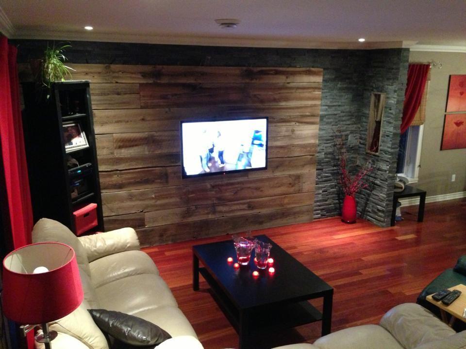 Mur en bois de grange et ardoise, plancher de bois franc (jatoba - tour a bois fait maison