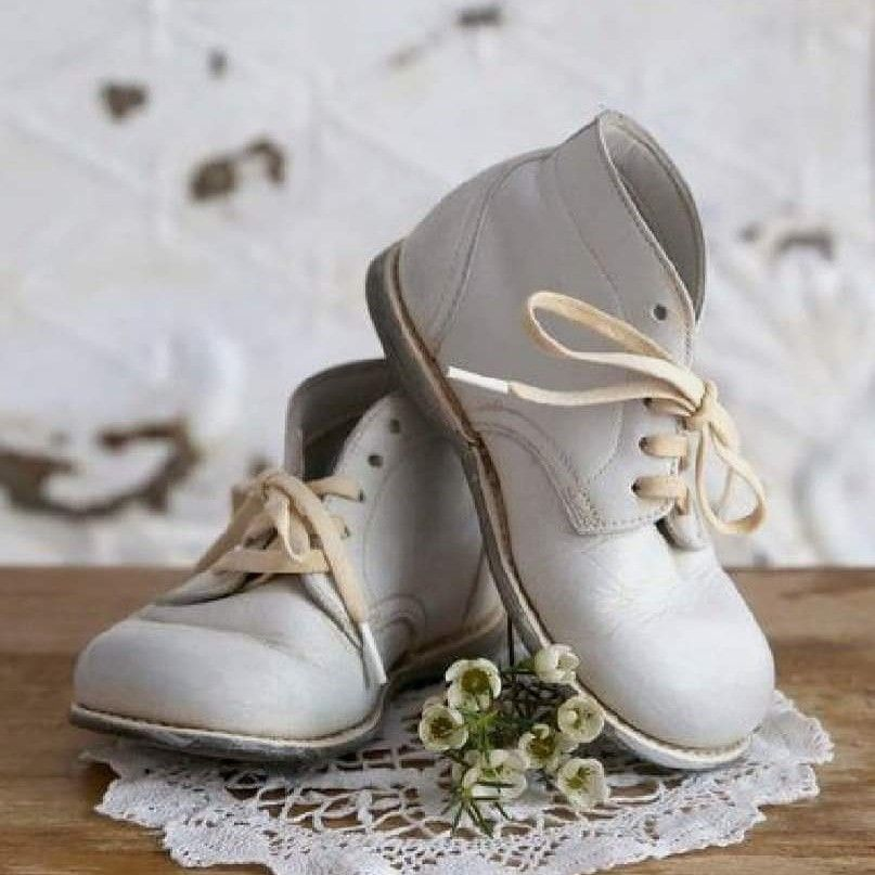 tbt Vintage Baby Hardbottoms A family classic shoe for