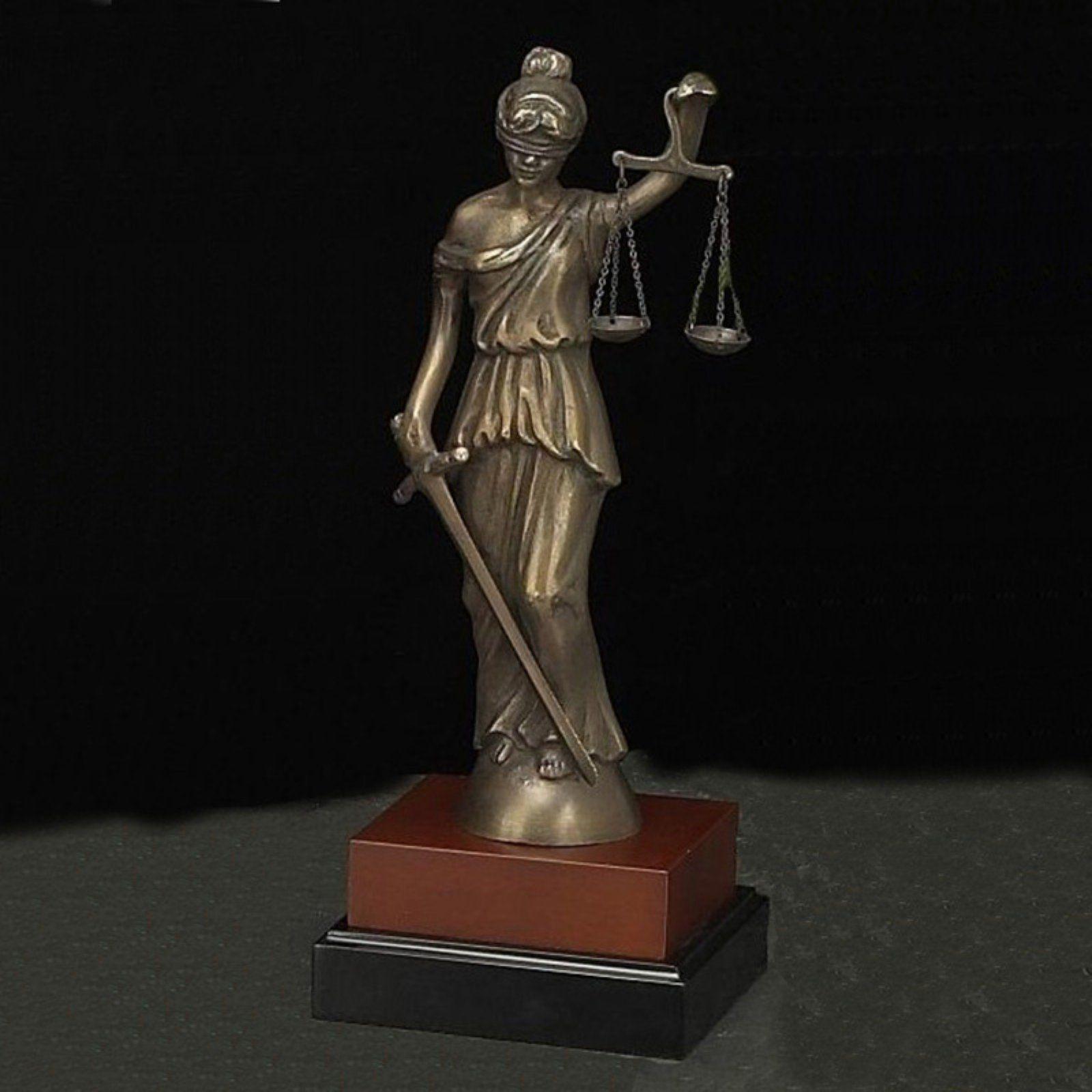 Bey Berk International 13h In Lady Justice Sculpture In 2021 Lady Justice Lady Justice Statue Sculpture
