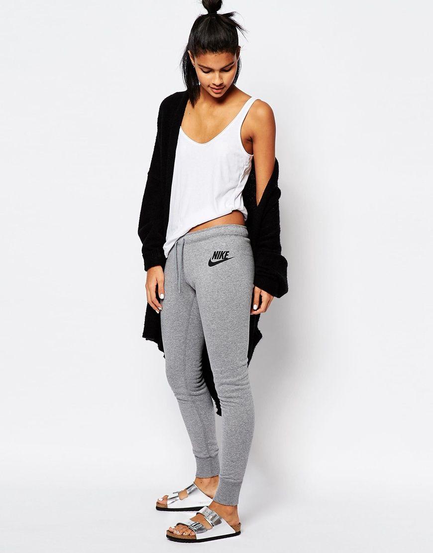 Shop Nike Skinny Sweat Pants With Waist Logo at ASOS.