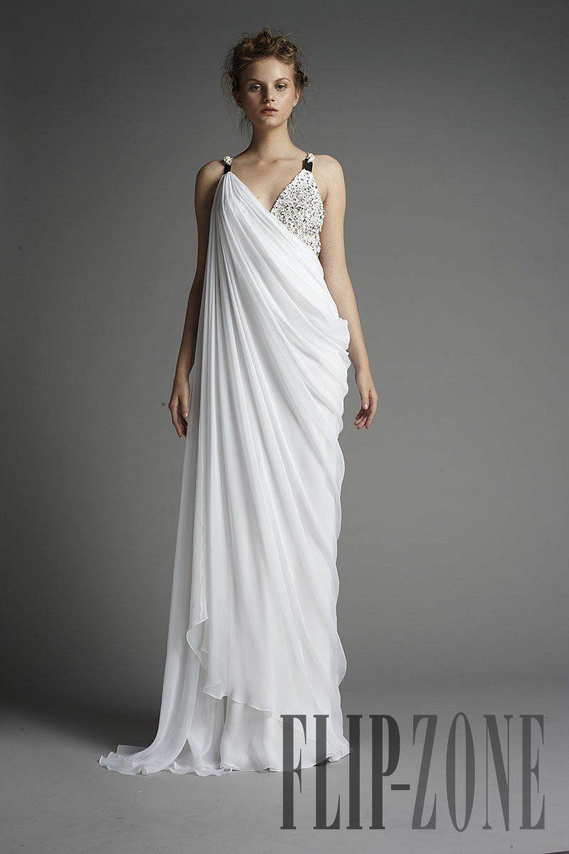 Zuhair Murad 17 Photos The Complete Collection Greek Inspired Fashion Greek Dress Greek Style Wedding Dress [ 1200 x 800 Pixel ]