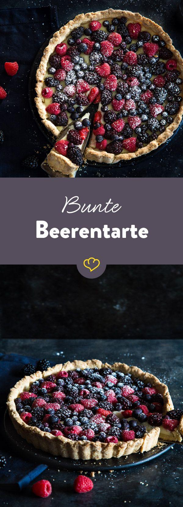 Elegant, aber ganz einfach: Bunte Beerentarte aus Mürbeteig