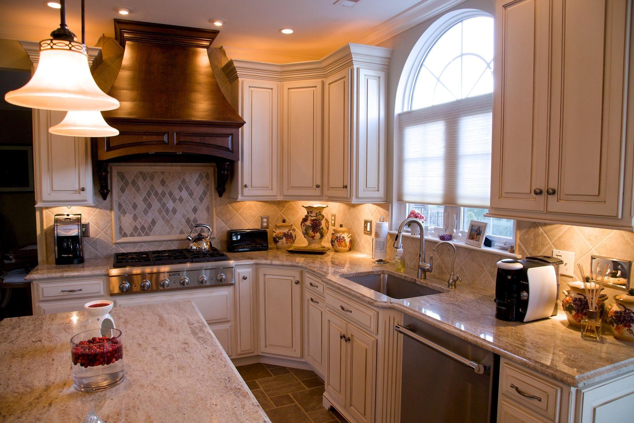 Kashmir Gold granite countertops with natural stone ... on Kitchen Backsplash Backsplash Ideas For Granite Countertops  id=86399