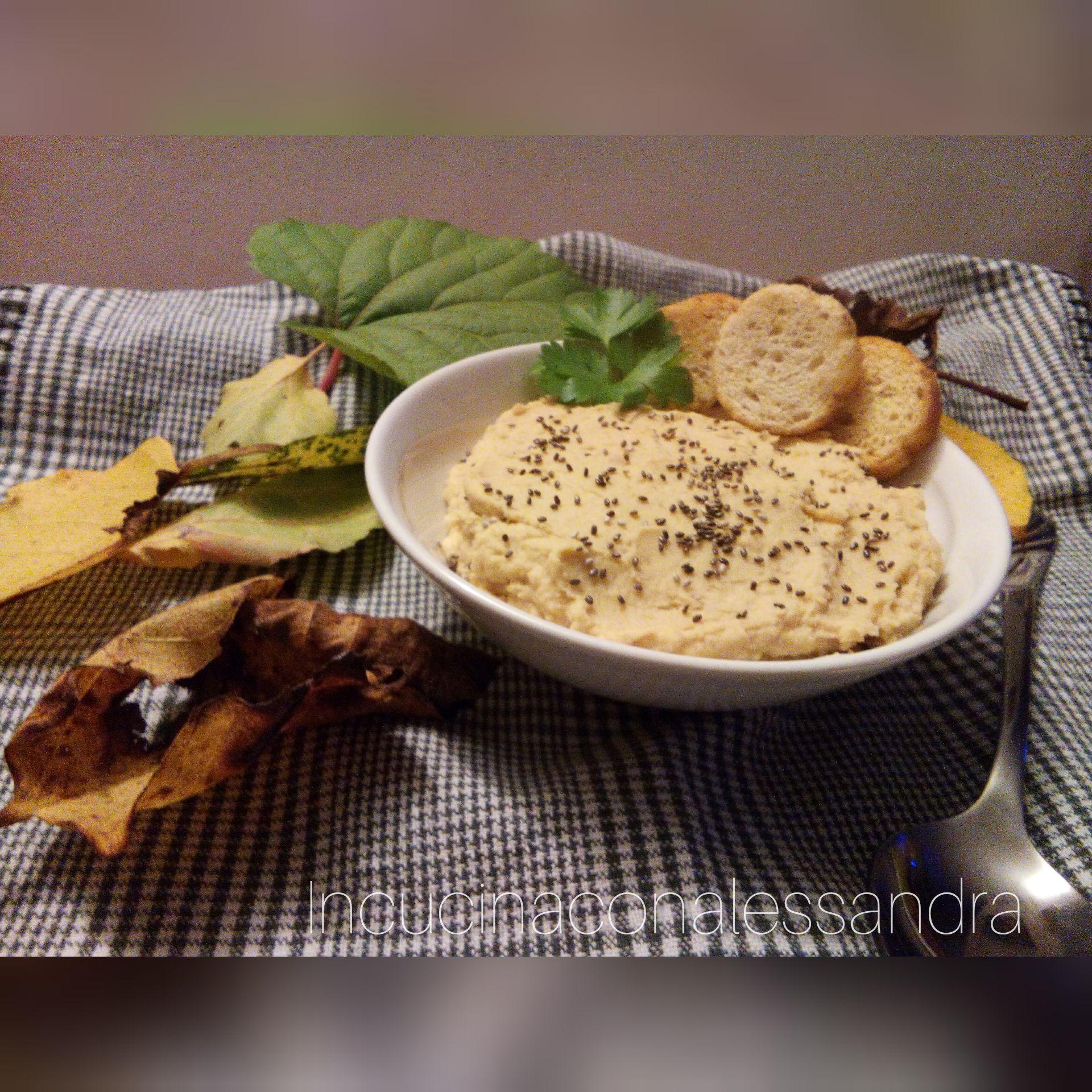 Hummus Ricetta Semplice Senza Tahina.Hummus Di Ceci Con Semi Di Chia Senza Tahina Incucinaconalessandra Ricetta Ricette Hummus Idee Alimentari