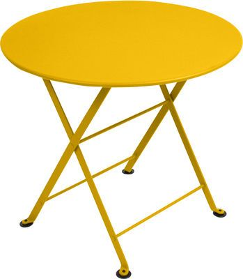 Table Basse Tom Pouce Fermob Jaune Made In Design En 2020 Table Basse Table De Jardin Jardin Pour Enfants