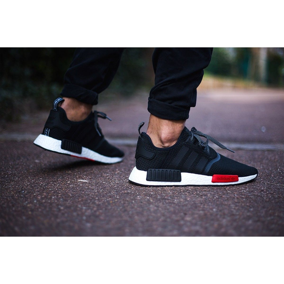 Adidas NMD R1 Footlocker Exclusive Black Red White AQ4498 7771d2d84