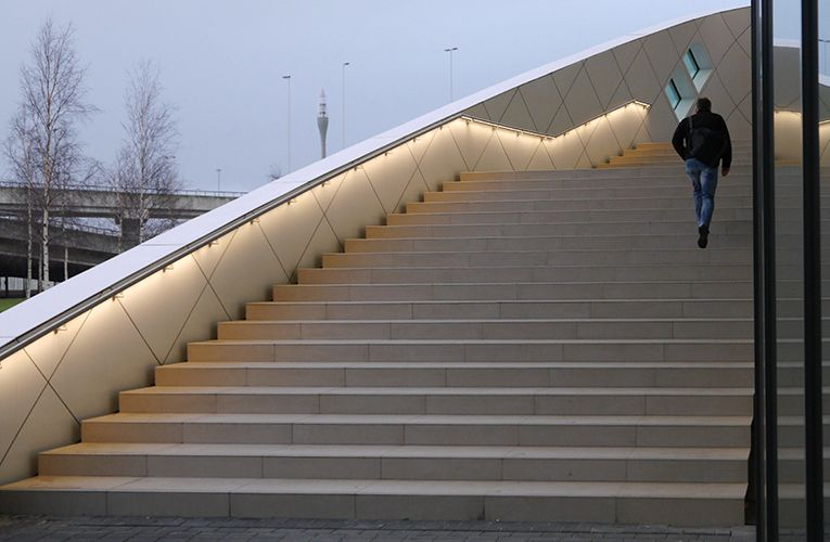 Illuminated Handrail Organic Lighting Systems Bldfmb In