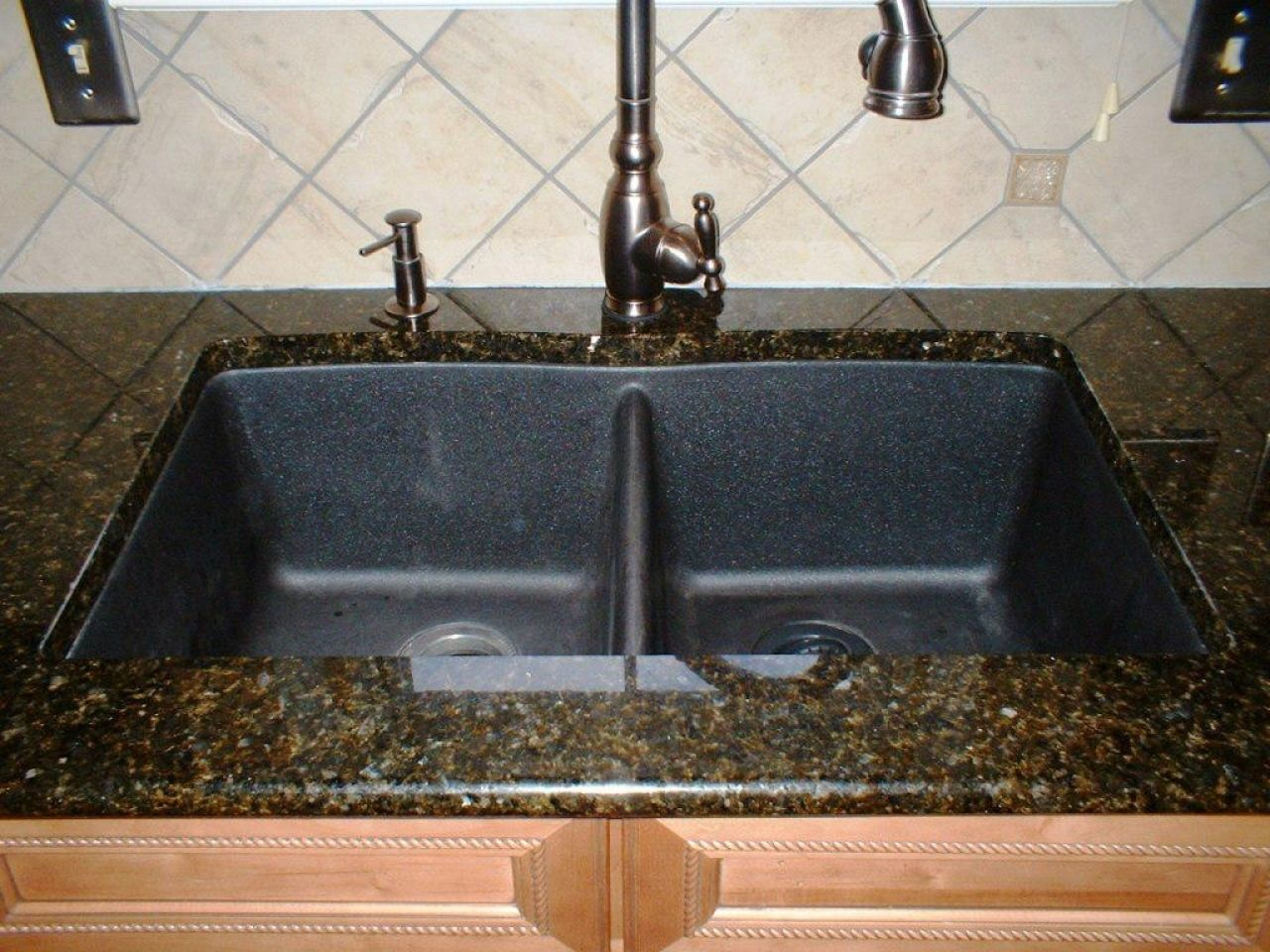 Swanstone Kitchen Sinks Colors | http://yonkou-tei.net | Pinterest ...