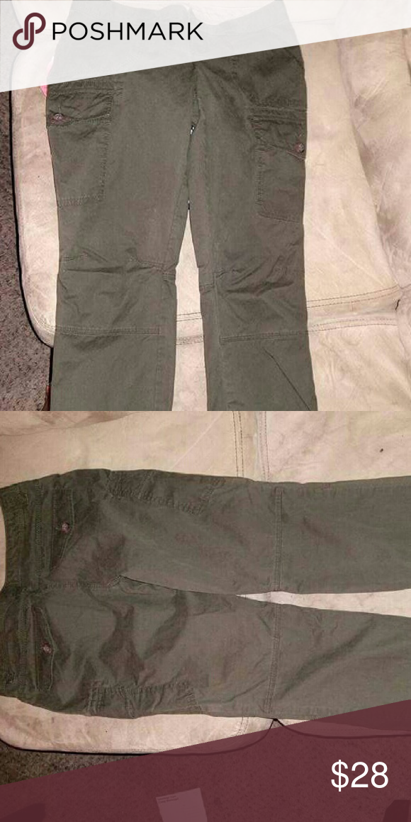 Olive green pants/ joggers Olive green pants with 6 pockets Banana Republic Pants Track Pants & Joggers