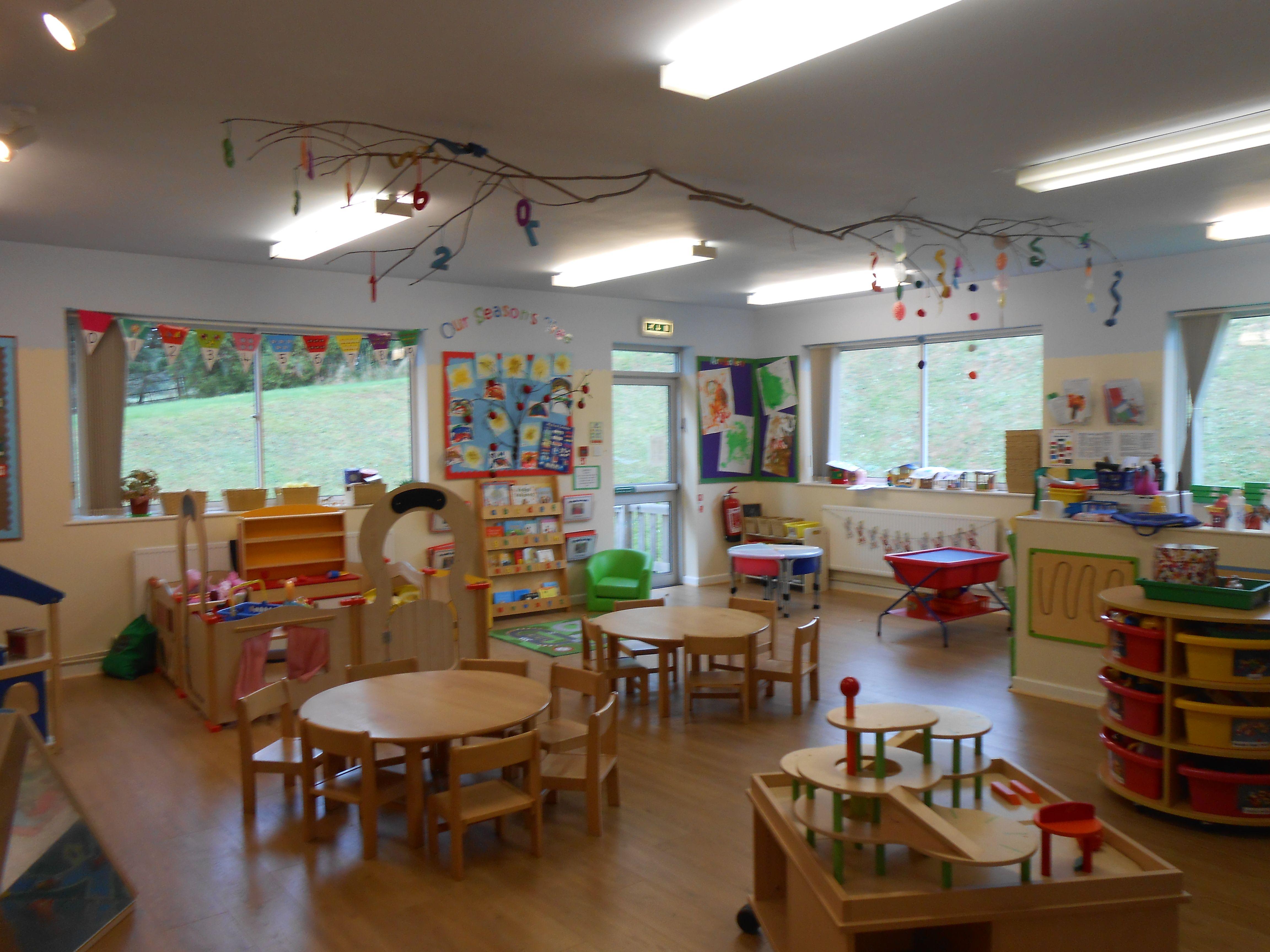 Reggio Classroom Design ~ Reggio inspired studio pinned by lynn young ≈≈ http