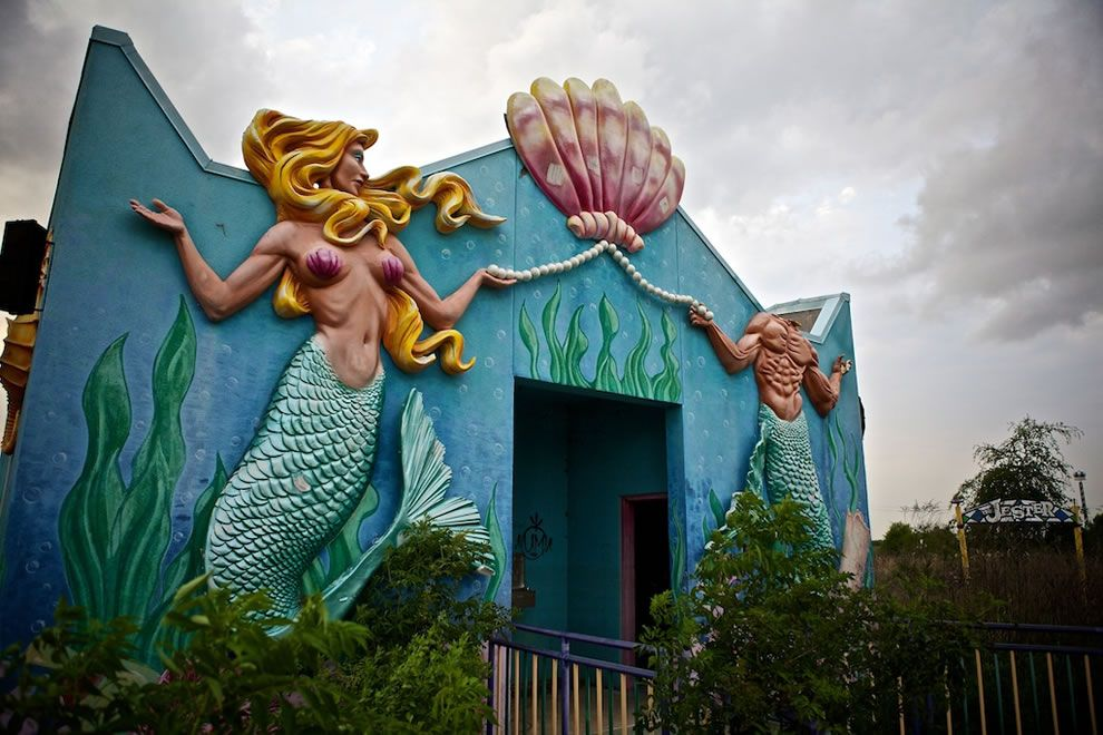An abandoned amusement park in New Orleans since H. Katrina. How ironic.