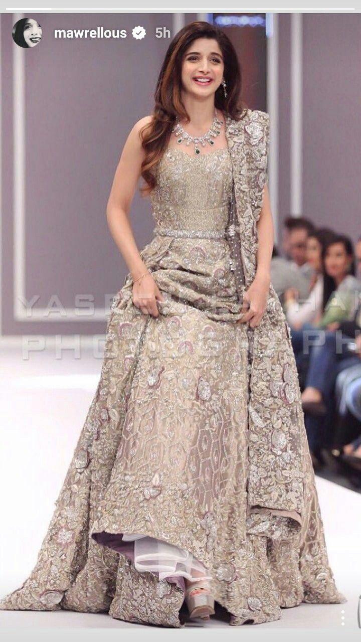 Pin von Nabila Bushra auf Indian gowns | Pinterest