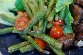 """Point-less"" Meals: 1 point - green beans Provencale  serves 4 ( 1 point) 1 lb. fresh green beans, trimmed and cut into 2"" pieces 4 green onions, sliced 2 T. minced shallot 4 garlic cloves, minced 1/2 tsp. dried rosemary 1 T. olive oil 1-1/2 c. grape tomatoes, halved 2 tsp. dried basil 1/2 tsp. salt 1/4 tsp. pepper"