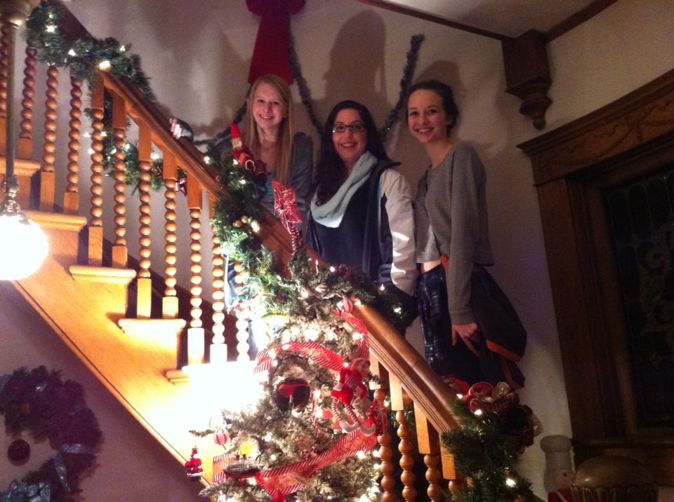 Amber, Sarah, Jessica. Christmas at Moore-Lindsey Victorian Home ...