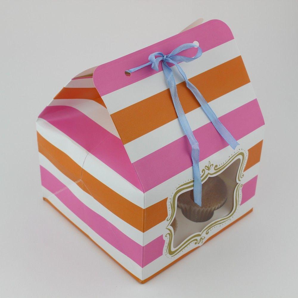علبة كب كيك كرتون بربطه ونافذه العدد 12 الحجم 15 3 15 3 11 متوفرة لدى موقع صفقات موقع متخصص بأدوات ومستلزمات التغليف التغليف Gifts Gift Wrapping Wrap