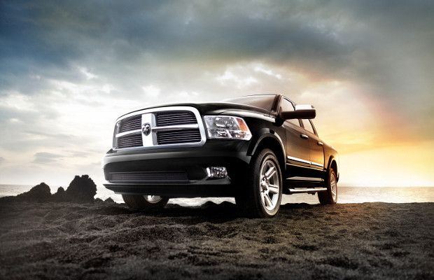 10th Best Off Roader Ram 1500 Base Price 30 010 Gnarly Features V8 Locking 4wd Shift On The Fly Transfer Case It S With Images Dodge Ram Dodge Ram 1500 Ram Trucks