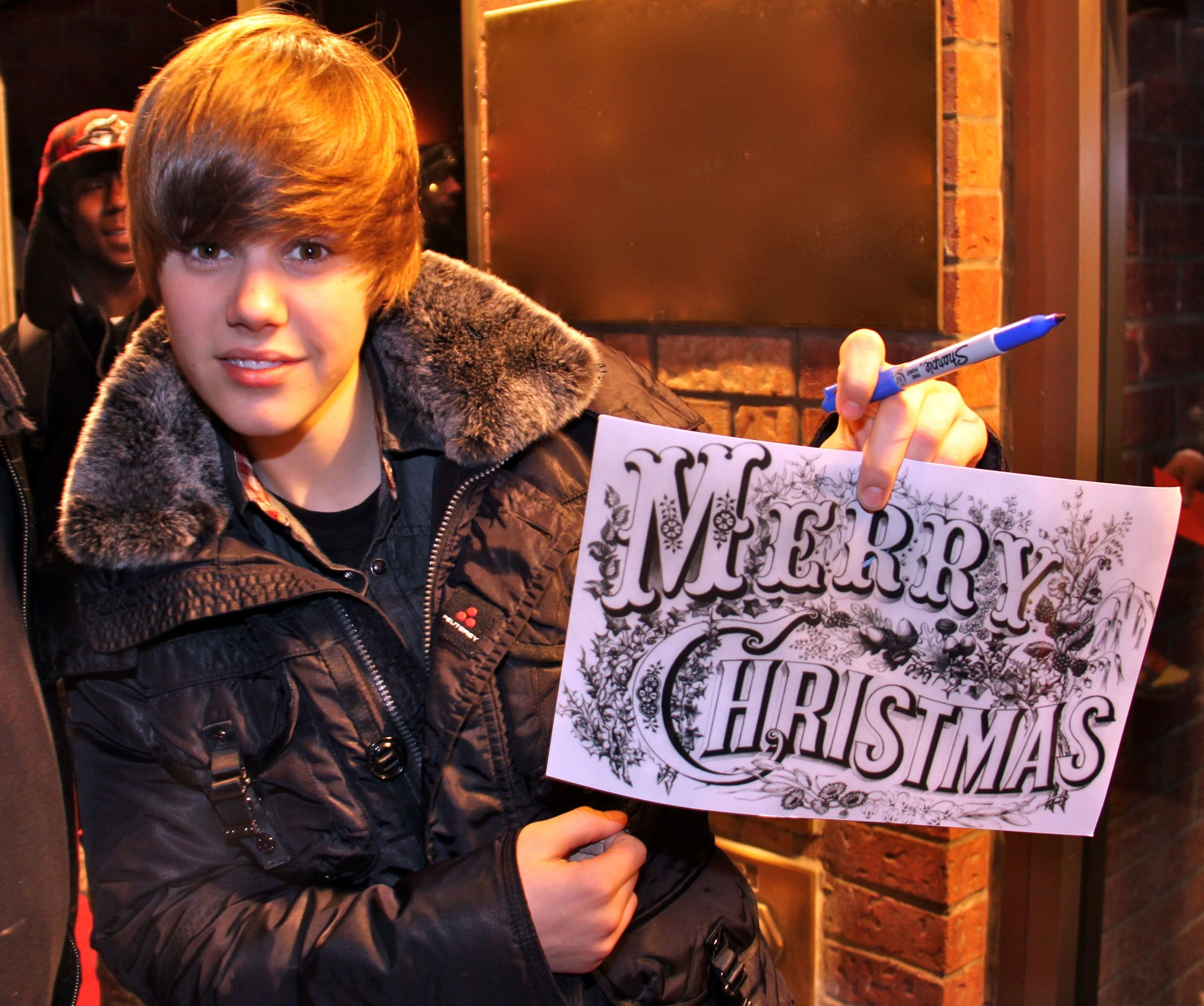 A young, little Bieber wishing us a Merry Christmas! | Happy ...