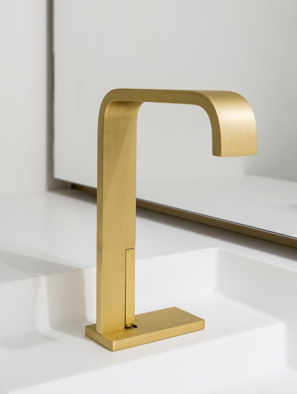 Design Armatur Andrew Gold Feingeburstet Armaturen Bad Armaturen Badarmaturen