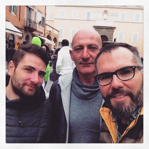#felici e #contenti in #giro per #castelgandolfo #pasquetta #amici #buonacompagnia by massimiliano.m