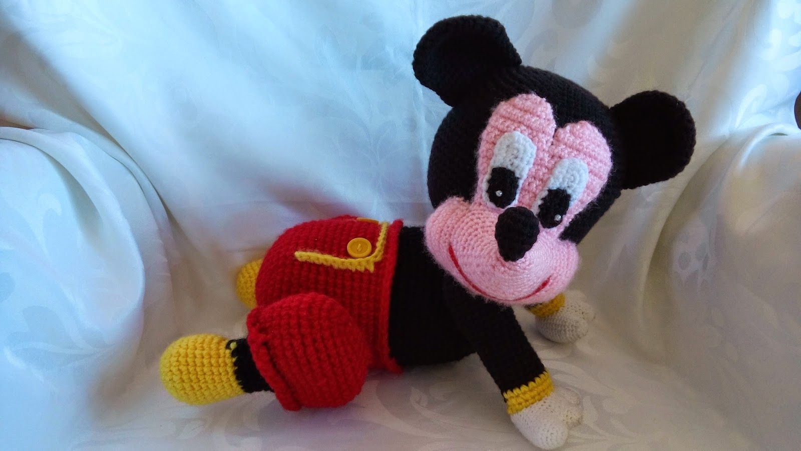Vistoso Patrón De Sombrero Del Ganchillo Libre De Minnie Mouse Foto ...