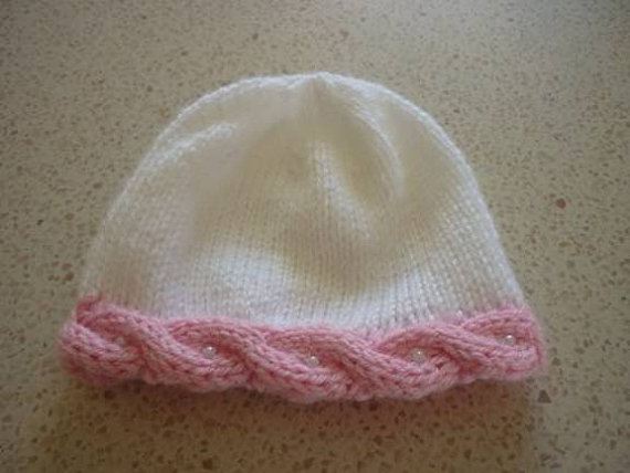 Free Knitting Pattern Baby Hat With Cable Edge And Pearls From