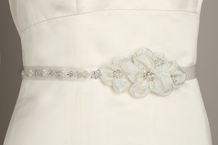Bridal Belt www.enchantedbridestore.com