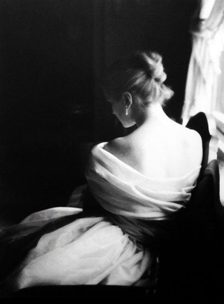 202b823d9b Margie Cato, New York, 1950. Photo by Lillian Bassman | De Dos ...