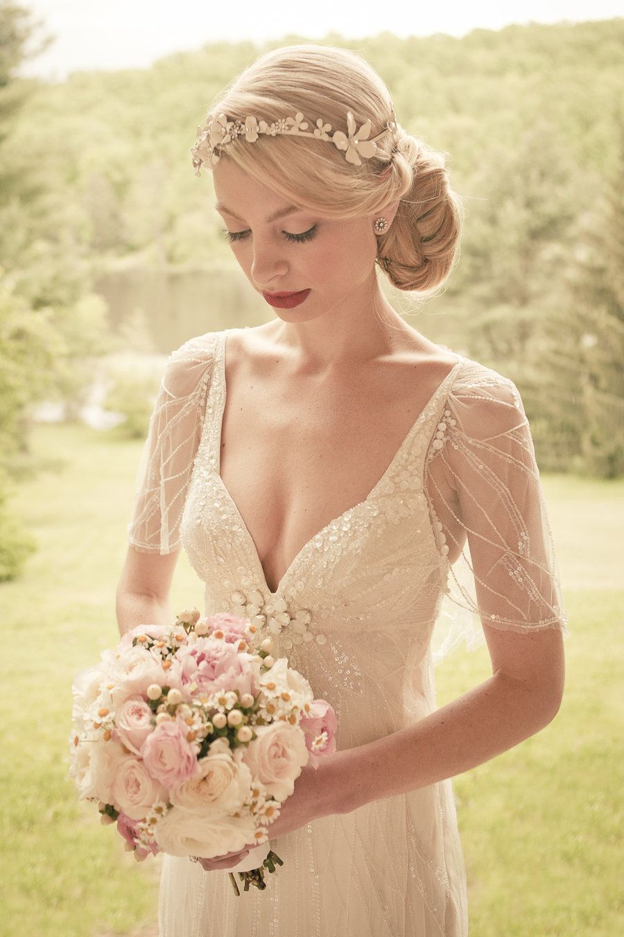 SMP Bride | Hairstyle | Jenny Packham Wedding Dress | The Wedding Artist's Collective | (click thru to see her 1920's inspired wedding)