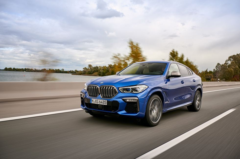 Bmw S X6 M50i Has The Right Amount Of M Bmw X6 Bmw Luxury Suv