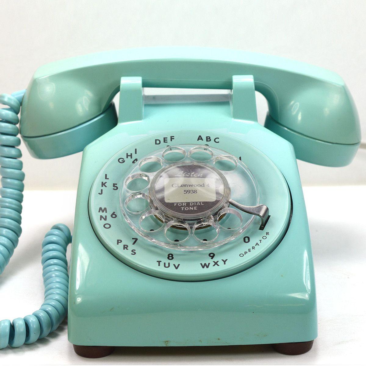 Turquoise 500 Desk Phone