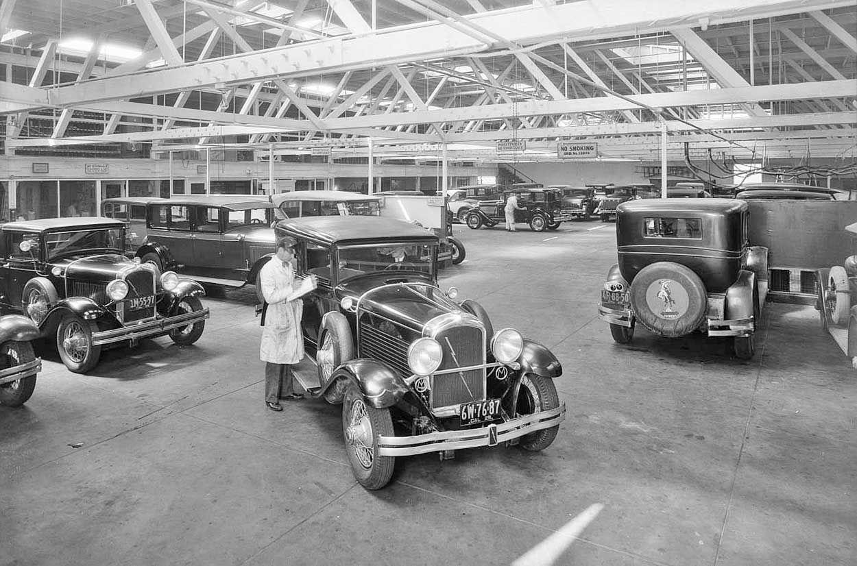 Pelton Motor Car Co. Marmon Garage - 1929 | automobiles - original ...
