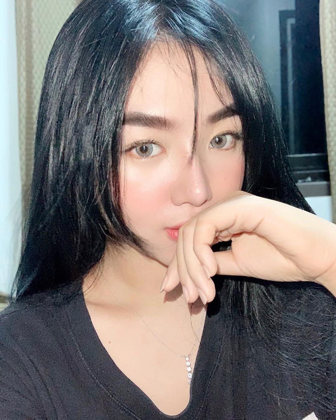 Pin on Asian Girl