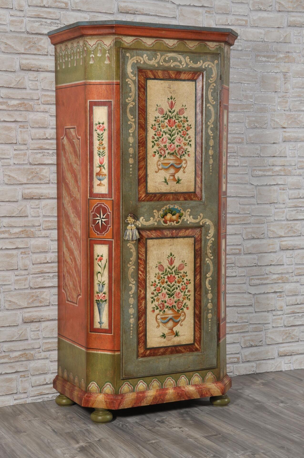 Armadi Tirolesi Dipinti armadio dispensa a una anta in stile barocco '600 tirolese