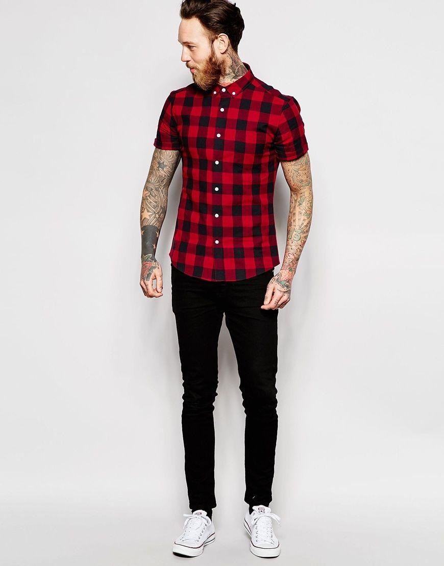 Imagen 4 de Camisa ajustada de manga corta con estampado de cuadros grandes  en rojo de ASOS 2b9e0ba81346