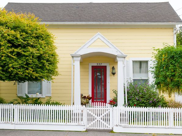 Red Door Yellow House White Picket Fence Coolness For The