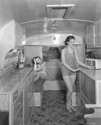 1940 S Travel Trailer There S Even Room For A Radio In