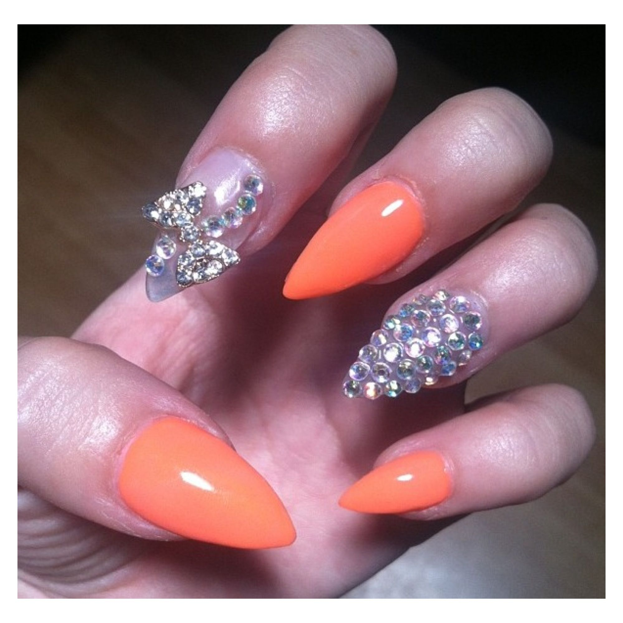 Claw Nails Prt. 2 ! #clawnails #neon #orange #gems #claws #bow ...