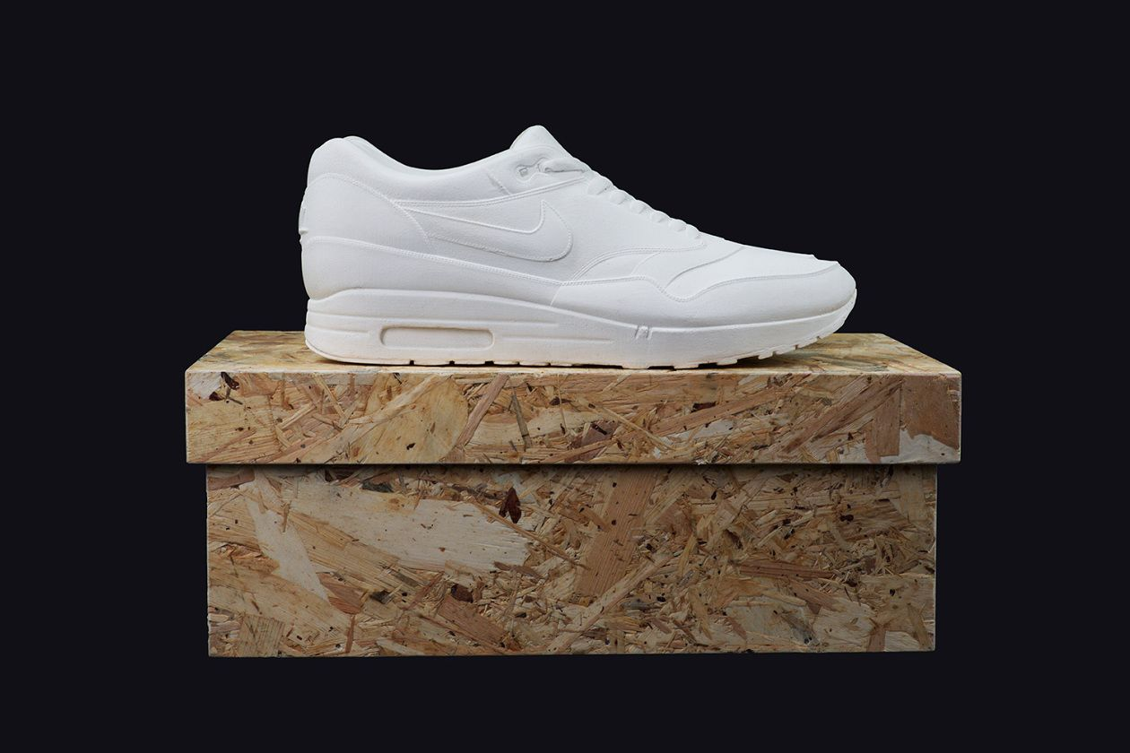 Nike Air Max 1 Cast in Solid Concrete