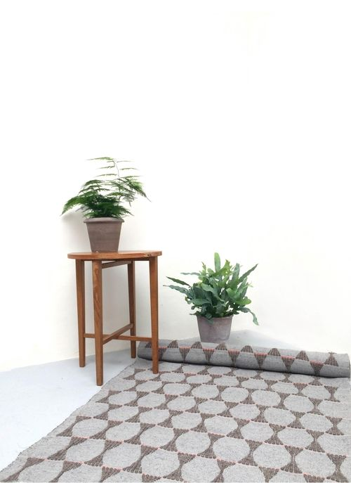 Robyn Hinchcliffe Carpet Home Decor Table